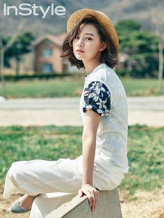 InStyle Korea Feat. Kim Ji Won Embracing the Fresh Air   Couch Kimchi