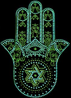 Hamsa is the hand of Prophet Muhammad's daughter Fatima. It is the symbol of patience, loyalty, faith and resistance against difficulties. According to common belief, it tells of Fatima's struggle for dignity and her tough life. Thereby, purity, goodness and truth are blessed. For centuries, Fatima's Hand has been a powerful talisman for good luck and one of the most popular amulets in the world of Islam for protection.
