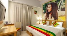 bob marley bedroom idea this is actually from a hotel