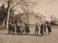 American soldiers, west front, Broadlands,Hampshire 1918