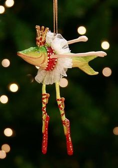 Dancing Fish ornament- Patience Brewster - I have this one! Christmas Tree Decorations, Christmas Tree Ornaments, Holiday Decor, Fish Ornaments, Christmas Toys, Merry Christmas, Reno, Crafts, Holidays