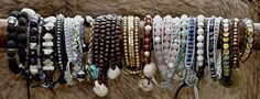 husmorhappy Beaded Bracelets, Jewels, Fashion, Moda, Jewerly, Fashion Styles, Pearl Bracelets, Gemstones, Fashion Illustrations