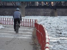 a ride by the river Sidewalk, Snow, River, Pictures, Photography, Outdoor, Outdoors, Fotografie, Photos