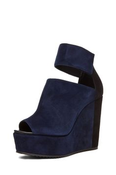 Pierre Hardy colorblocked wedge in navy.  Great call for fall.  Gotta have em