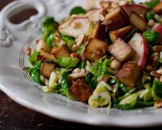 Brussels Sprouts with tofu and apple - Couve-de-Bruxelas com Tofu e Maçã (vegana) #vegan