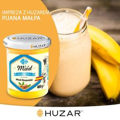 -60ml rumu -2 dojrzałe banany -30ml miodu Migdałowego Huzar -1 szklanka mleka -2 gałki lodów waniliowych Całość dokładnie zblenderować. Podawać z bitą śmietaną