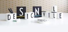 Abeceda podle Arne Jacobsena Design Letters, Lettering Design, Company Logo, Room, Decor, Typography, Bedroom, Decoration, Decorating