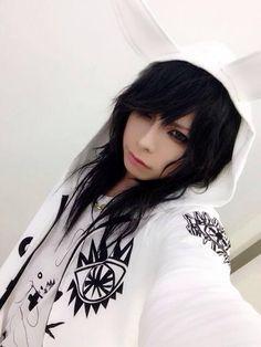 Chizuru - Vocals for Pentagon