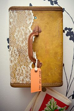 DIY suitcase vanity & towel holder / medicine cabinet of sorts.... I LOVE this!