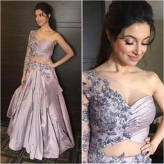 Kriti Sanon, Hina Khan, Shraddha Kapoor: Best beauty looks of the week Indian Wedding Gowns, Indian Gowns Dresses, Indian Bridal Outfits, Indian Fashion Dresses, Dress Indian Style, Indian Designer Outfits, Designer Dresses, Pakistani Dresses, Designer Wear