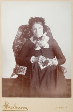 Cabinet Card, 1885-93, International Quilt Study Center & Museum, Lincoln, NE