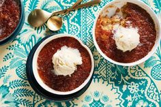My family can& get enough of this malva pudding from South Africa, with its light sponge and rich toffee sauce, says Valli. Dessert Dips, No Bake Desserts, Easy Desserts, Dessert Recipes, Malva Pudding, Toffee Sauce, Sugar Free Treats, Winter Desserts, Delicious Magazine