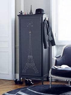 Cabinet with Eiffel tower - nails and string...cool!