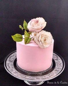 Flower cakes by Sonia de la Cuadra