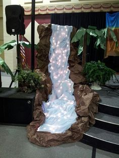 journey off the map vbs Waterfall Decoration, Cave Quest Vbs, Off The Map, Vbs 2016, Vbs Crafts, Vacation Bible School, Luau Party, Safari, Rock Wall