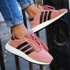 Discover recipes, home ideas, style inspiration and other ideas to try. Sock Shoes, Cute Shoes, Me Too Shoes, Dream Shoes, Crazy Shoes, Adidas Moda, Adidas Iniki Runner, Sneaker Trend, Adidas Originals Sneaker