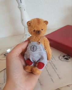 Teddy Toys, Teddy Bear, Animals, Plushies, Blue Prints, Cuddling, Puppets, Animales, Stuffed Toys
