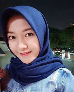 Jilbab Smile: Get Love From Amanda Putri Sweety Hijaber Muslim Girls, Muslim Women, Beautiful Hijab Girl, Hijab Collection, Muslim Beauty, Funeral Expenses, Indonesian Girls, Muslim Dress, Girl Hijab