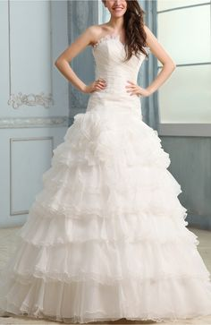 White Romantic Church A-line Sweetheart Backless Court Train Bridal Gowns