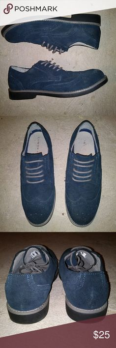 Men Dress shoes Blue faux suede Great condition. Used only a couple of times, spent most of the time in the back of the closet. Sonoma Shoes