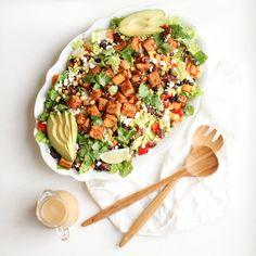 Cowgirl Salad (vegan Santa Fe Salad, Lime Salad Dressing, Grilled Peach Salad, Cajun Spice Mix, Clean Eating, Healthy Eating, Healthy Meals, Healthy Recipes, Nutrition Sportive