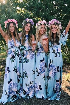 18 Most Beautiful Floral Bridesmaid Dresses The most beautiful bridesmaid dresses with floral pattern ★ See more: The weddingdresses … Bridesmaid Dresses Floral Print, Beach Wedding Bridesmaid Dresses, Mismatched Bridesmaid Dresses, Beautiful Bridesmaid Dresses, Blue Bridesmaids, Beautiful Dresses, Bridal Dresses, Beautiful Flowers, Girls Dresses