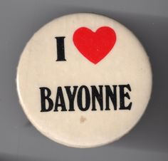 Bayonne button