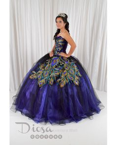 Quinceanera dresses and quinceanera decorations! Quinceanera dresses and accessories such as dolls and tiaras! Many quinceanera dresses to choose from. Sweet 16 Dresses, 15 Dresses, Fashion Dresses, Bridesmaid Dresses, Wedding Dresses, Beautiful Gowns, Beautiful Outfits, Peacock Dress, Peacock Theme