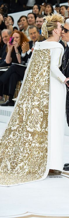 #Modest doesn't men FRUMPY! #DressingWithDignty www.ColleenHammond.com  Chanel Haute Couture Fall 2015 ♔ Tres Haute Diva