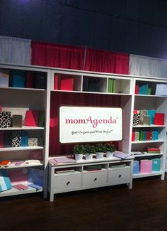 momagenda booth