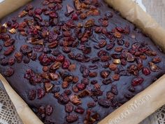 Reteta Negresa de post fara zahar Deserts, Beans, Pie, Vegetables, Food, Torte, Desserts, Pastel, Meal