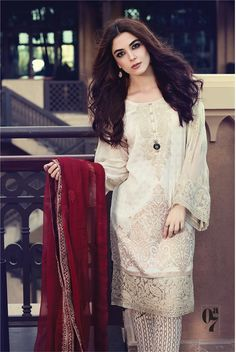 Maria B Lawn Collection 2017 Best Pakistani Designer Summer Dresses Pakistani Couture, Pakistani Dress Design, Pakistani Designers, Pakistani Bridal, Pakistani Lawn Suits, Pakistani Outfits, Indian Outfits, Pakistani Clothing, Sexy Dresses