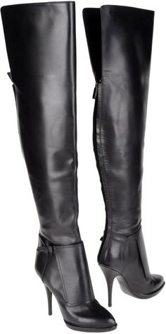 Givenchy ~ High heeled Boots - sexy for Kate Beckett