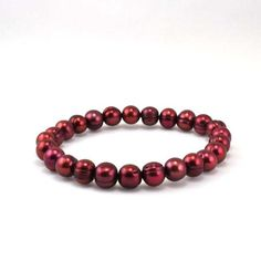 Honora Cherry Pearl Stretch Bracelet.http://www.bengarelick.com/collections/honora-pearls/products/honora-cherry-pearl-stretch-bracelet