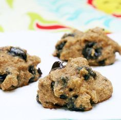 Chocolate Chip cookies with no added sugar. Date paste is used instead. These cookies are AWESOME!