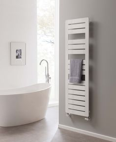 The Radiator Company Stratos Stainless Steel Towel Rail, is a side loading  design making it easy to hang towels on. In stylish polished stainless s…