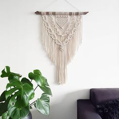Macrame wall hanging/Macrame wall hanger/Macrame tapestry/Wall decoration/Modern Macrame