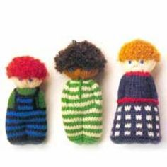 Little Knitted Dolls: We love these adorable retro dolls. Do you have a little friend who would love one?
