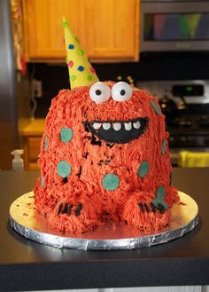 Love this! Amanda, I don't want to rip off Carter's monster bday but this cake is pretty cute.