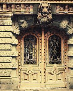 Tolstoy door in Odessa