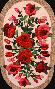 Tales from The Raspberry Rabbits: Scenes from the Mid Atlantic Quilt Festival Quilt Block Patterns, Applique Patterns, Applique Quilts, Rose Applique, Hand Applique, Quilting Projects, Quilting Designs, Flower Quilts, Quilt Festival
