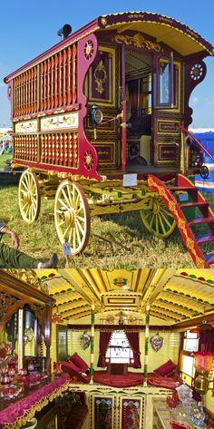 Gypsy Caravan, Gypsy Wagon, Horse Drawn, Caravans, Tiny House, Travelling, Grid, Horses, Traditional