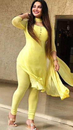 Beautiful Girl Photo, Beautiful Girl Indian, Most Beautiful Indian Actress, Beautiful Women, Sexy Asian Girls, Hot Girls, Arab Girls, Curvy Girl Lingerie, Indian Girls Images