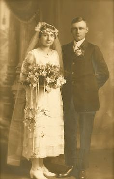 Lillys Lace: Vintage Wedding Photos To Add To Your Collection!