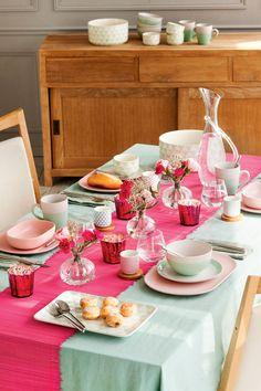 Semitoma de mesa de comedor fresca en verde y rosa