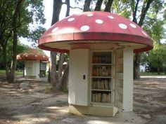Japanese mushroom library, Kyoto botanical gardens--cutest library ever. Little Free Libraries, Little Library, Free Library, Library Books, Bungalow, Library Design, Shed Plans, Book Nooks, Botanical Gardens