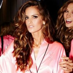 How to Chic: THE BEST IZABEL GOULART HAIRTSTYLES