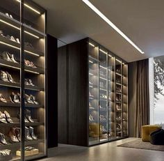 Closet com sapateira iluminada: