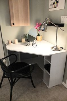 small corner desk for bedroom - Small Corner Desk for Bedroom - Diy Wall Mounted Desk, small corner desk and chair small corner desk design ideas to help Small Corner Desk, Ikea Corner Desk, Corner Table, Cozy Corner, Kids Corner, Corner Vanity Table, Black Corner Desk, Vanity Tables, Corner Space