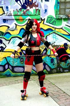 Roller Derby New 52 Harley Quinn Cosplay http://geekxgirls.com/article.php?ID=7772